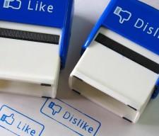 facebook-like-dislike YOUTH CULTURE