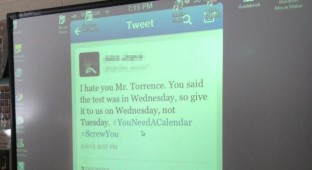 Teacher twets too