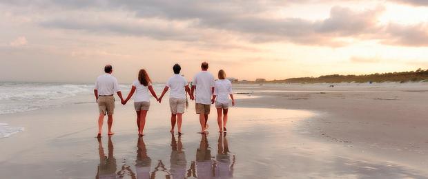 family beach wet