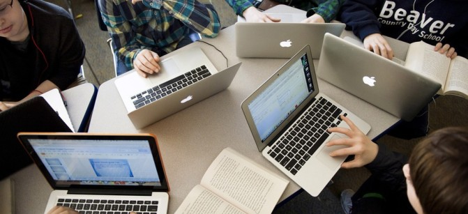 students computer schoollaptops