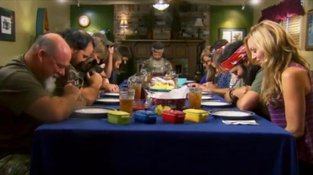 Duck-Dynasty-Prayer-630x352