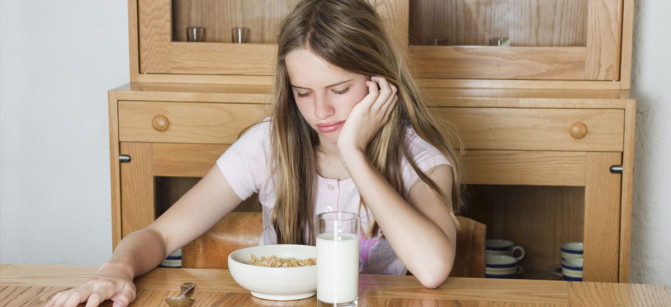 eating-disorder sad girl