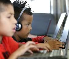 KIDS COMPUTER STUDENTS CLASS