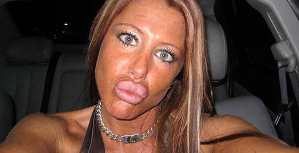 teen big lips chick