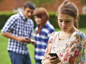 YOUTHCULTURE Cyberbullying 2
