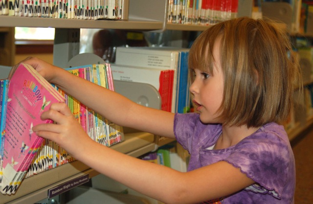 KID BOOK SCHOOL