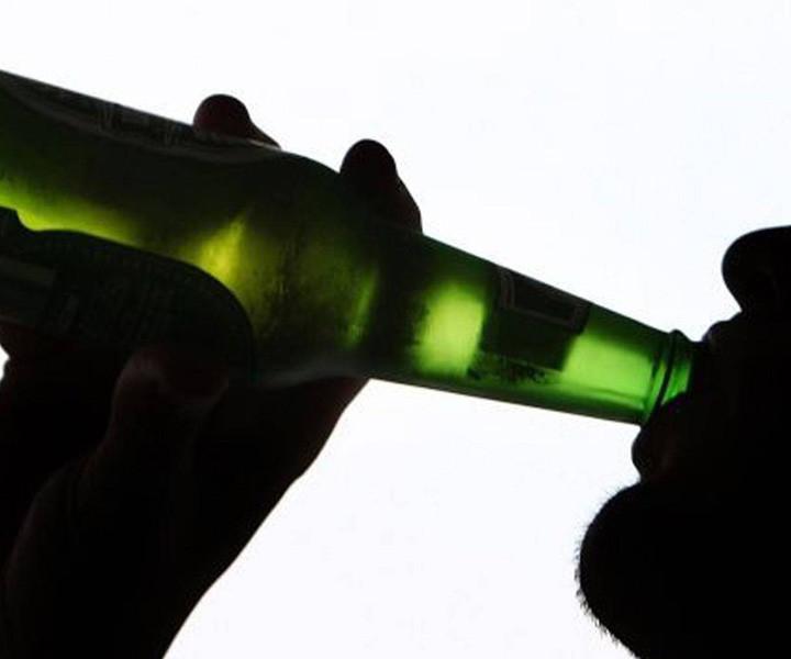 drinking-BINGE DRUNK