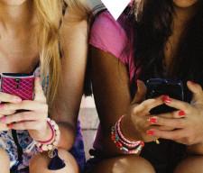 american_girls_12.7_wide-9f6ef472070a50e97928dd605cefb3ece74af1a4-s800-c85