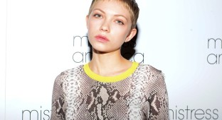 tavi-gevinson-rookie-yearbook-four