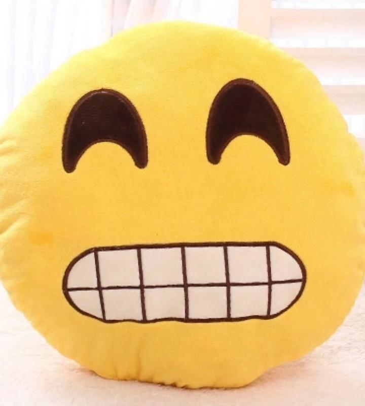 SMILE EMOJIE