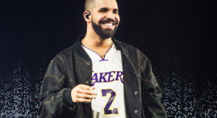 drake-perform-the-forum-sept-2016-billboard-1548