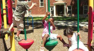 preschool_divorce kids playground