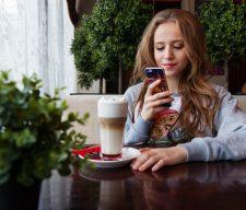 Girl Cell social media