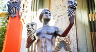 Mandatory Credit: Photo by Rich Fury/Invision/AP/REX/Shutterstock (9198260b) The Screen Actors Guild Awards actor statue for the 22nd Annual Screen Actors Guild Awards on display at the TCL Chinese Theatre, in Los Angeles 22nd Annual SAG Awards - Actor Statue Photo Call, Los Angeles, USA - 26 Jan 2016