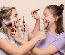 Make up girls